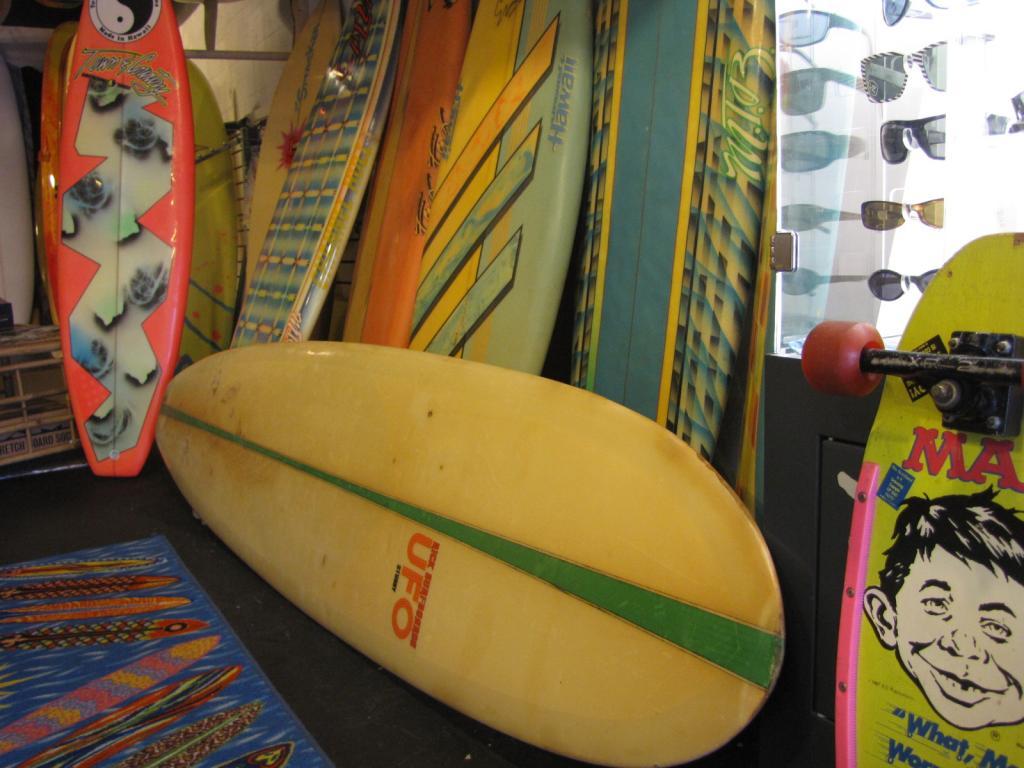 Vintage Surfboard Longboard Rick UFO