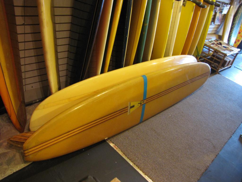 Royal Hawaiian popout 1964  vintage longboard surfboard