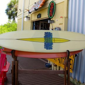 The entrance to Island Trader Surf Shop